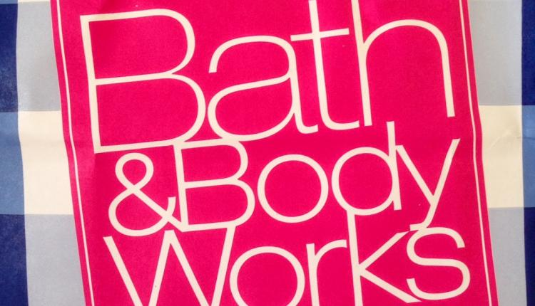Buy 2 and get 1 Offer at Bath & Body Works, October 2017