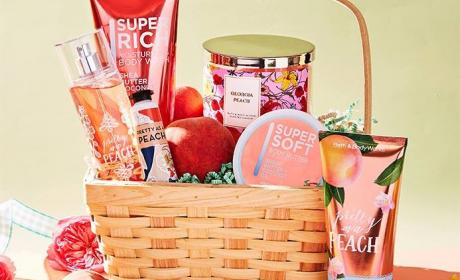 Buy 2 and get 3 Offer at Bath & Body Works, June 2018