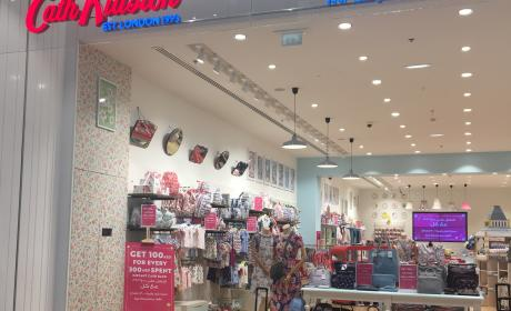Spend 300 And get AED 100 instant cash back Offer at Cath kidston, June 2017