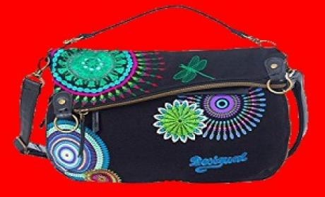 Spend 699 and Get a FREE foldable bag Offer at Desigual, May 2016