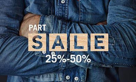 25% - 50% Sale at Levi's, August 2016