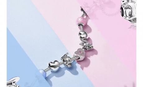 Spend 500 and recieve a Donald or Daisy Duck charm as a gift to you Offer at Pandora, July 2018