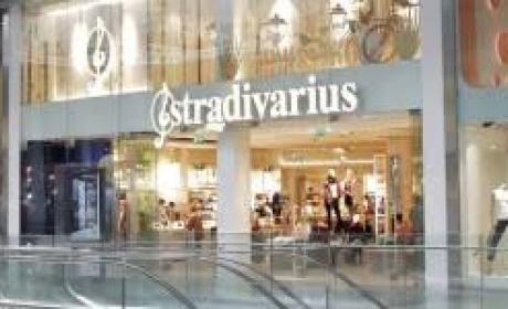 Up to 30% Sale at Stradivarius, November 2017