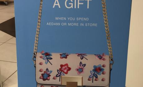 Spend 499 and grab a gift Offer at TOPSHOP, May 2017